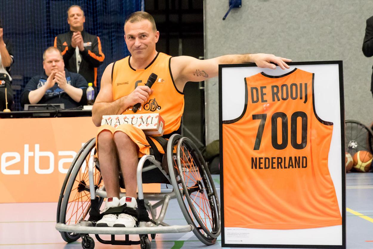 """Anton de Rooij na 700 interlands: """"Er komen er nog wel een paar bij"""""""