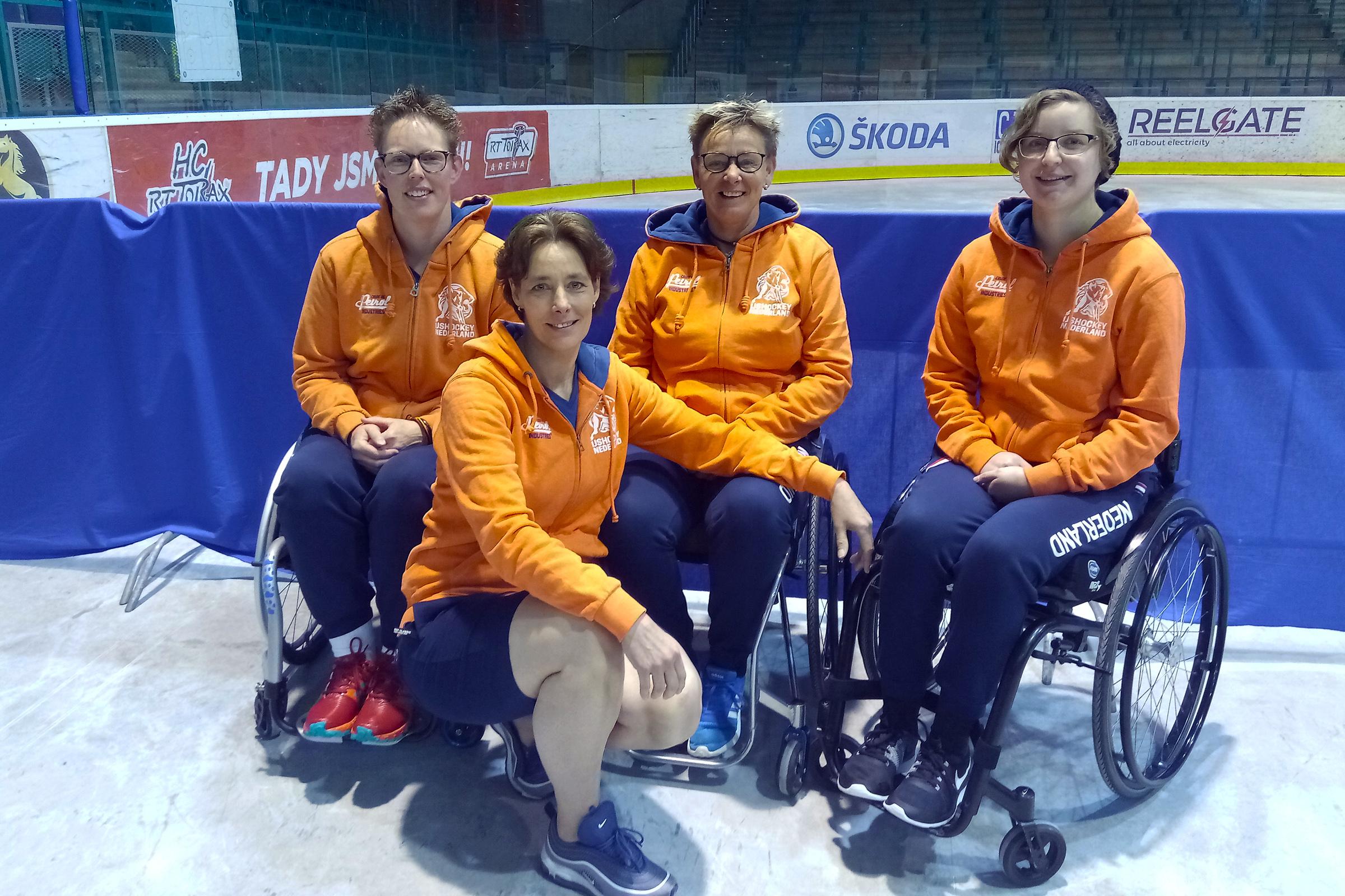 Para-ijshockey is een keiharde sport. Niet voor vrouwen? Think again!