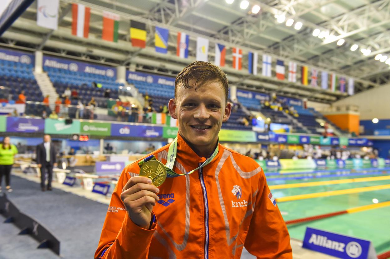 """Europees kampioen Simon Boer: """"Deze medaille is ook voor Duncan en Manon"""""""